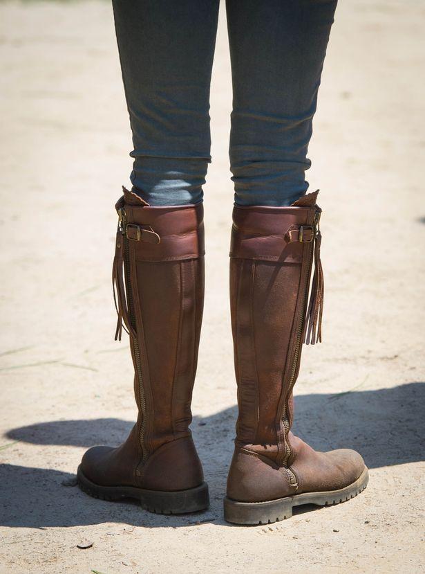 ارتدى كيت ميدلتون الأحذية بينيلوب Chilvers