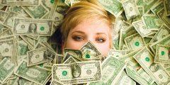 هل تعتقد أن علاقتك مع المال علاقة سليمة أم مرضية؟