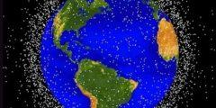 كم عدد الأقمار الصناعية التي تطير في الفضاء؟