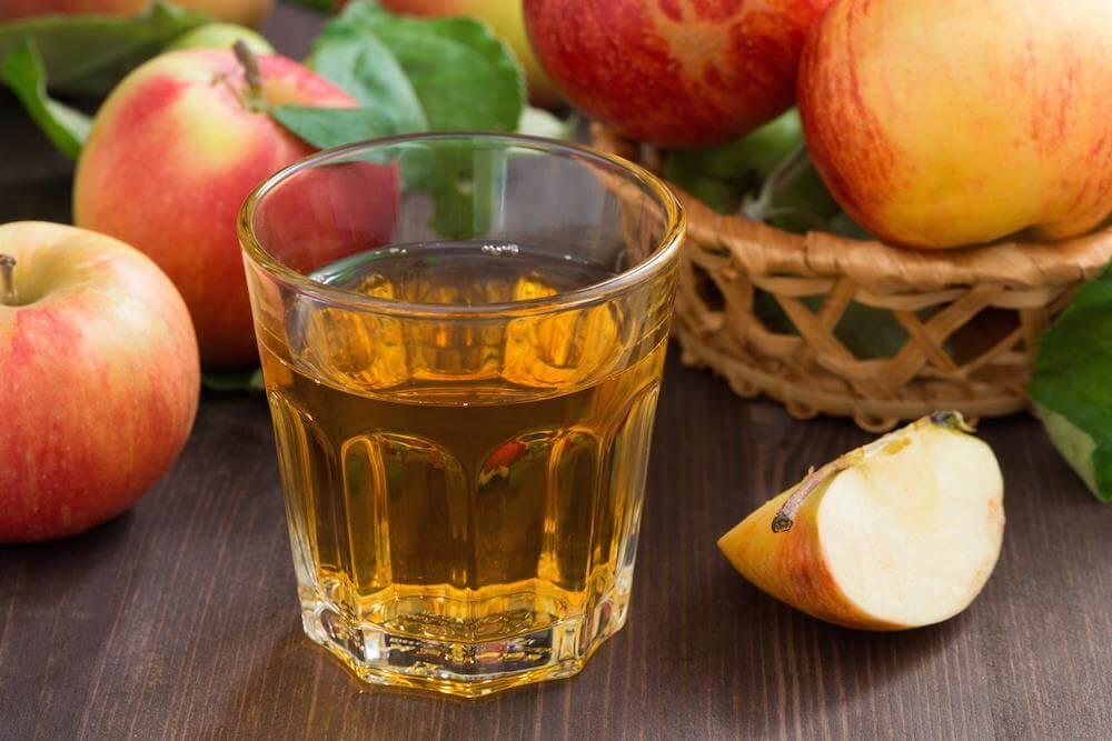 التفاح vinegar-