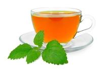 شرب الشاي بلسم الليمون قبل النوم