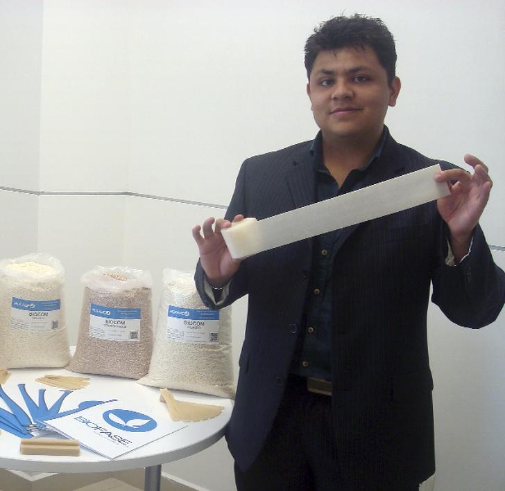 شركة مكسيكية تحول الأفوكادو إلى مواد يمكن التخلص منها تتحلل في 240 يومًا ، وهي طريقة رائعة للتغلب على تلوث البلاستيك