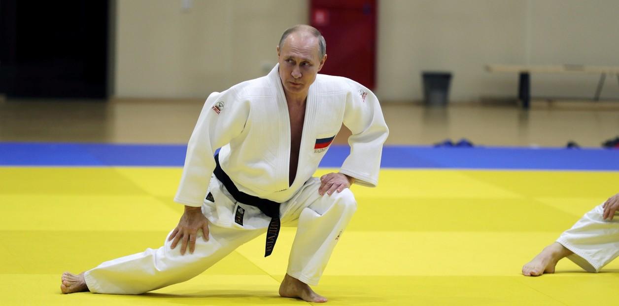 الرئيس الروسي فلاديمير بوتين يحضر دورة تدريبية تدريبية مع فريق الجودو الوطني الروسي.  EFE / مايكل Klimentyev / SPUTNIK / Kreml